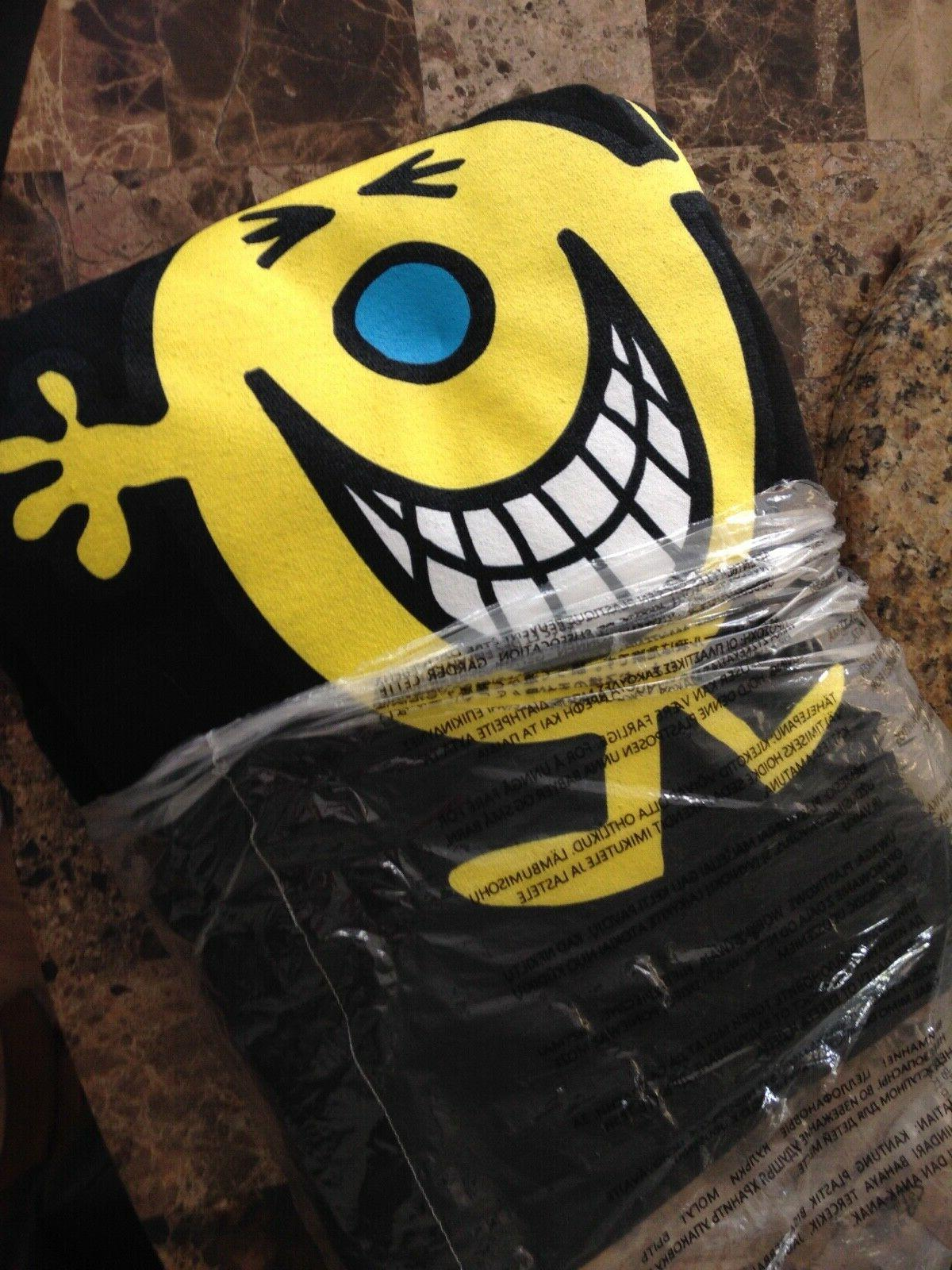 NEW CLICHE Mr. Hoodie Large